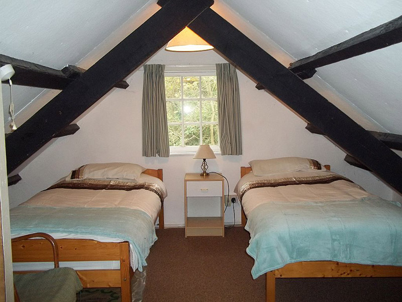 Cottages by Bedspaces 2 to 4
