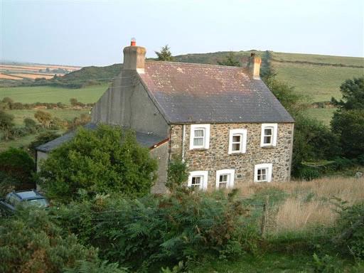 Garnllys farmhouse