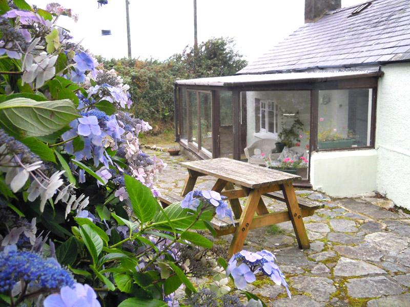 Salem Cottage garden