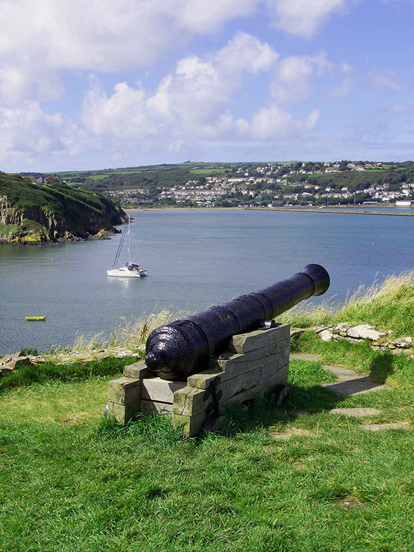Cottage Retreats in Pembrokeshire Fishguard fort