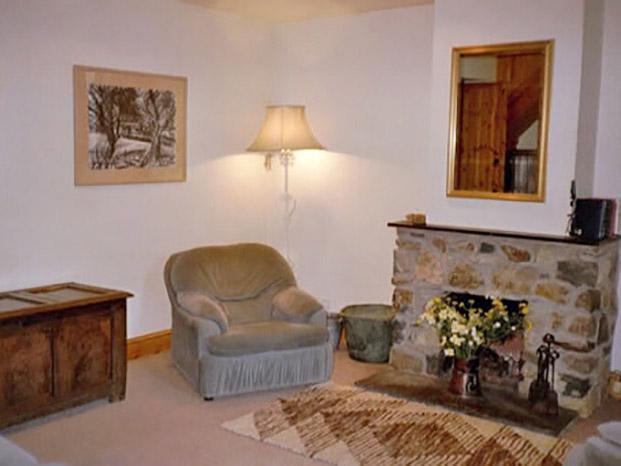 Y Bwthyn lounge