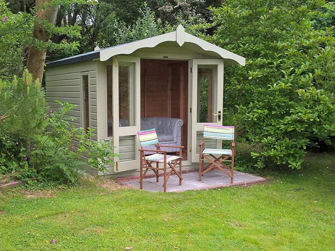 Dyffryn Moor Summer-House