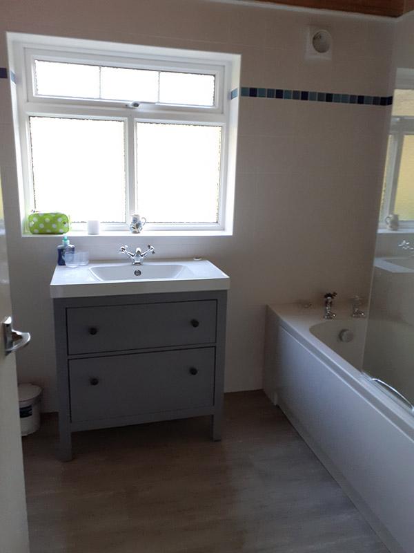 Cerau Isaf Bathroom