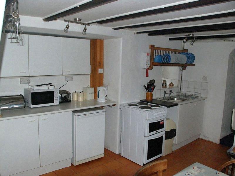 Garn Barcud Kitchen